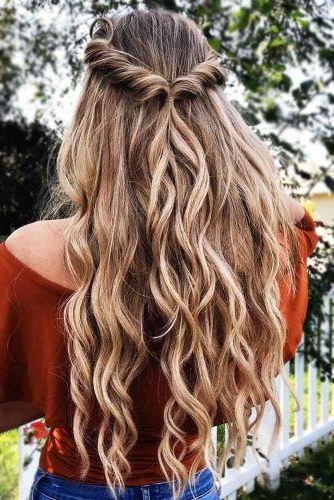 Try 42 Half Up Half Down Prom Hairstyles | Lovehairstyles In Easy Curled Prom Updos (View 8 of 25)