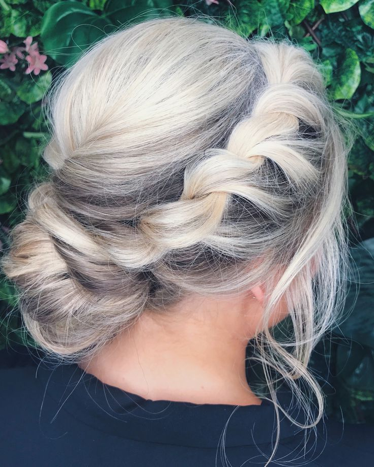 Featured Photo of Twisting Braided Prom Updos