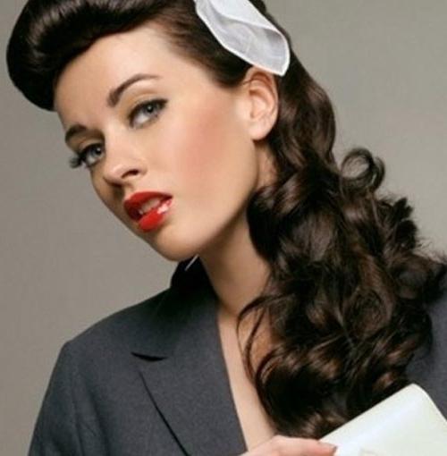 Vintage Hairstyles For Long Hair – Elle Hairstyles For Vintage Hairstyles For Long Hair (View 3 of 25)