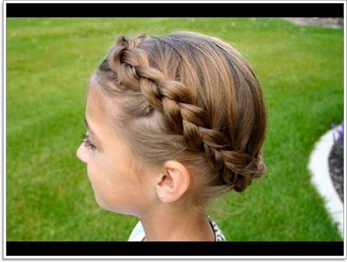 101 Extraordinary Halo Braids That Will Make You Feel Like A For Best And Newest Voluminous Halo Braided Hairstyles (View 8 of 25)