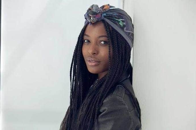 13 Boho Box Braids And Twists To Give You Wanderlust Vibes With Regard To Most Up To Date Loose Braided Hairstyles With Turban (View 13 of 25)