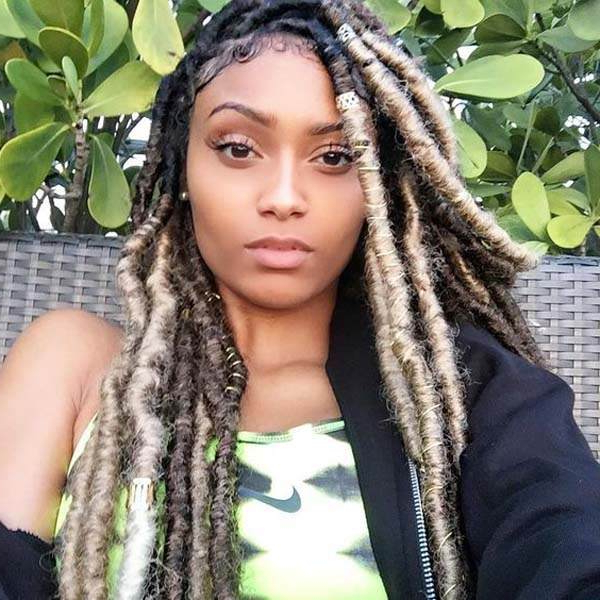 136 Trendy Yarn Braids You Can Wear In 2019! In Current Blonde Ponytail Hairstyles With Yarn (View 5 of 25)
