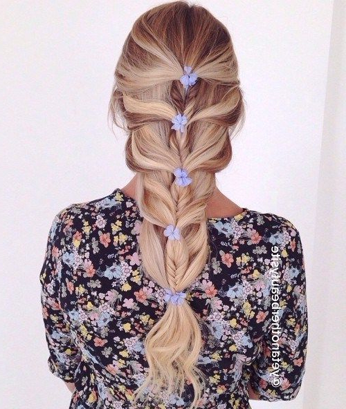 20 Magical Ways To Style A Mermaid Braid | Tresses | Mermaid Inside Best And Newest Mermaid Braid Hairstyles With A Fishtail (View 2 of 25)