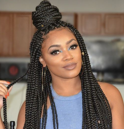 20 Mesmerising Box Braids Updo Hairstyles In Most Recent Box Braided Bun Hairstyles (View 16 of 25)
