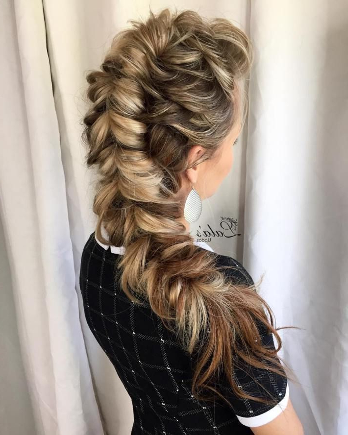 20 Ways To Pull Off A Pull Through Braid   Hair   Pull Intended For Best And Newest 3D Mermaid Plait Braid Hairstyles (View 10 of 25)