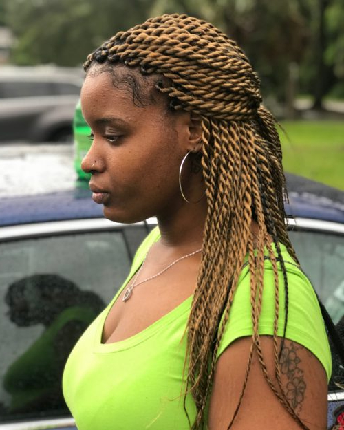 24 Senegalese Twist Styles To Try In 2019 Within 2018 Black And Brown Senegalese Twist Hairstyles (View 23 of 25)
