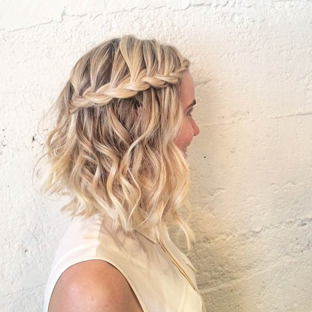 26 Beautiful Hairstyles For Shoulder Length Hair – Pretty Regarding 2018 Angled Braided Hairstyles On Crimped Hair (View 15 of 25)