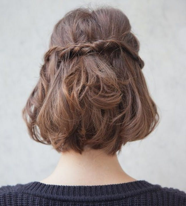 27 New Bob Hairstyles To Keep Looking Fresh | Brit + Co For Most Recently Wavy Bob Hairstyles With Twists (View 13 of 25)