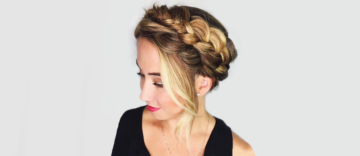 28 Easy Halo Braid Styles Für Jeden Anlass — Coole Globale Throughout Current Voluminous Halo Braided Hairstyles (View 24 of 25)
