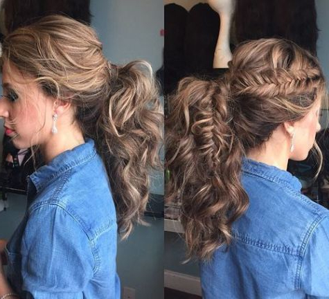 30 Eye Catching Ways To Style Curly And Wavy Ponytails With Regard To Best And Newest Messy Curly Mermaid Braid Hairstyles (View 14 of 25)