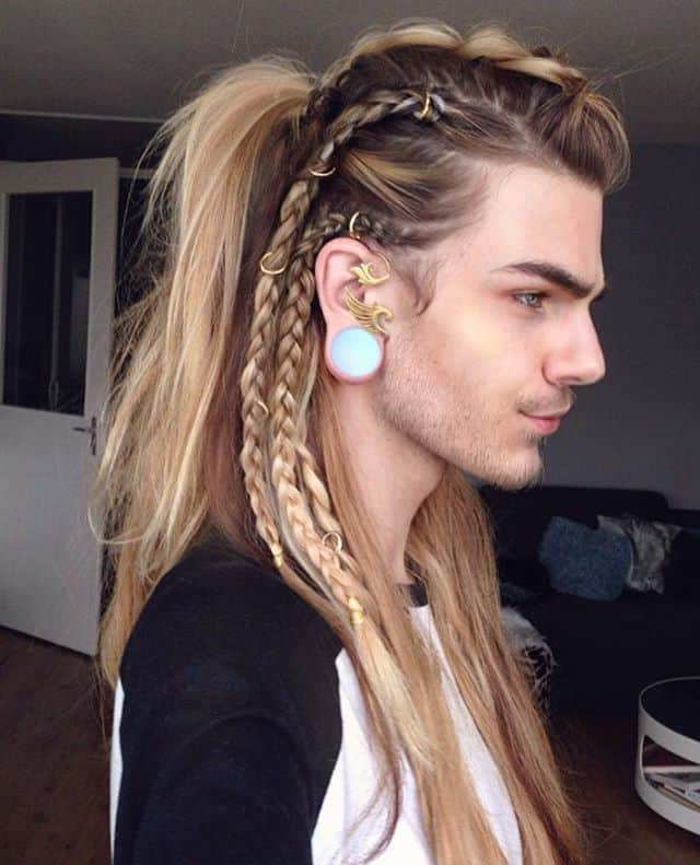 33 Selected Viking Hairstyles For Men 2018: Long, Medium Within Current Undershave Micro Braid Hairstyles (View 7 of 25)