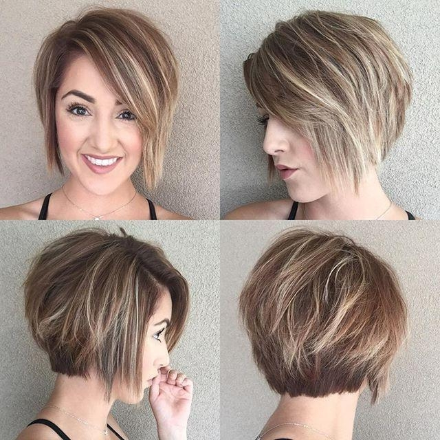 Featured Photo of Simple, Chic And Bobbed Hairstyles