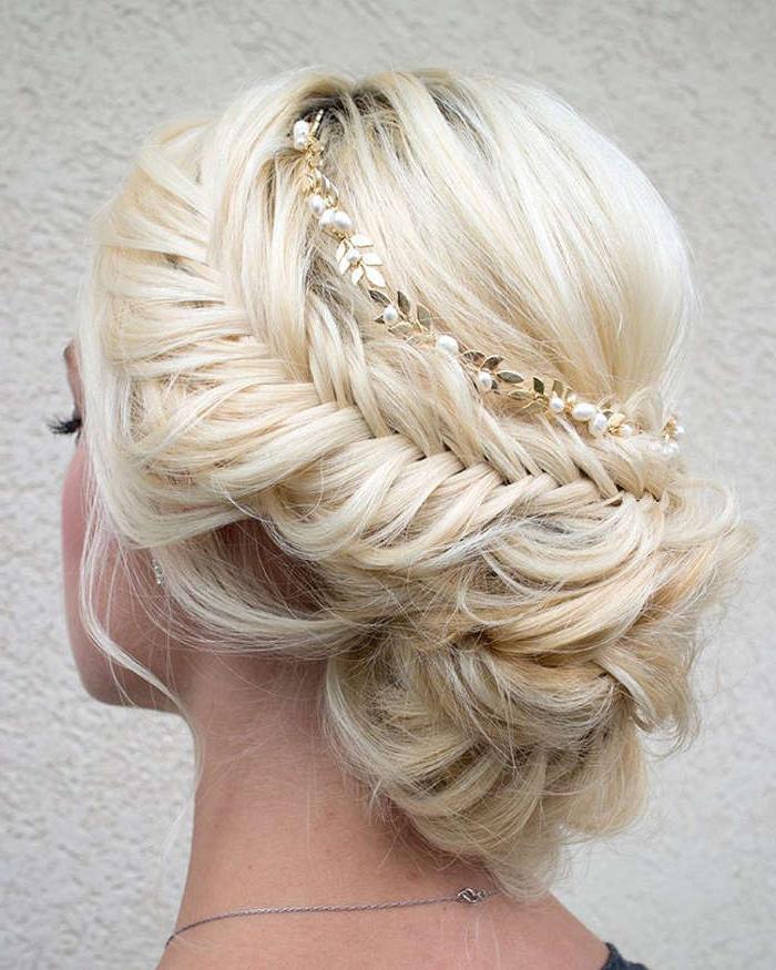 60 Great Blonde Hairstyles For Women, Blonde Haircuts Within Newest Elegant Blonde Mermaid Braid Hairstyles (View 21 of 25)