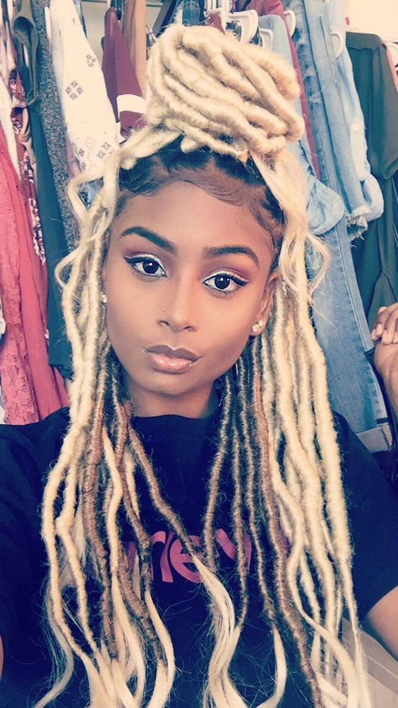Blonde Faux Locs | 35 Stunning Blonde Faux Locs Looks Pertaining To Most Current Blonde Faux Locs Hairstyles With Braided Crown (View 11 of 25)