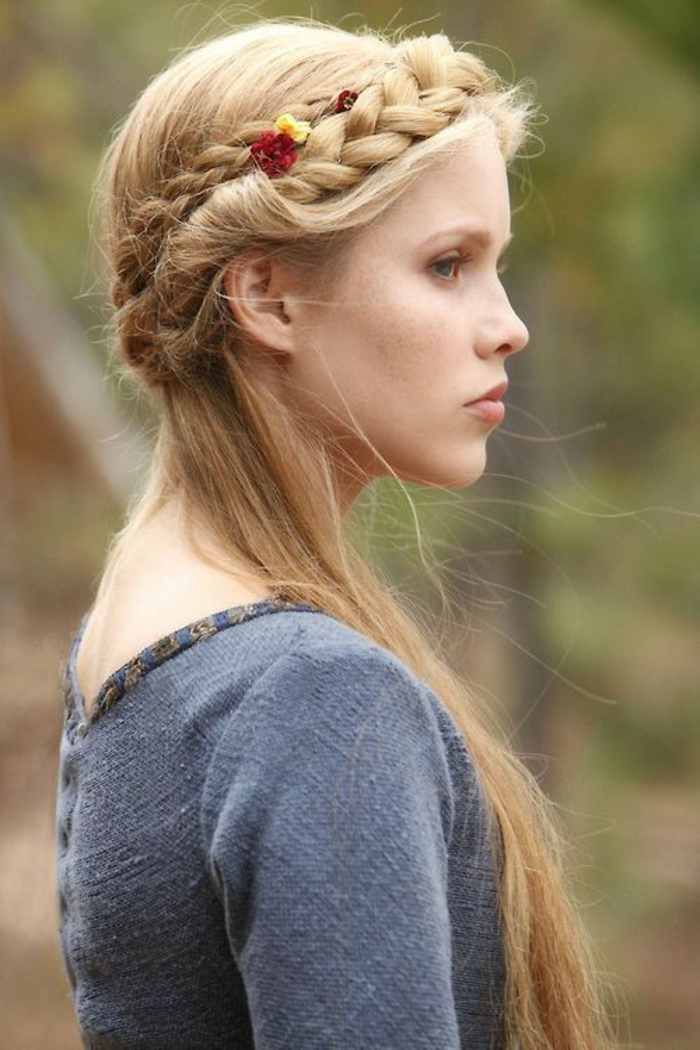?1001 + Ideas For Stunning Medieval And Renaissance Hairstyles With Most Up To Date Medieval Crown Braided Hairstyles (View 12 of 25)