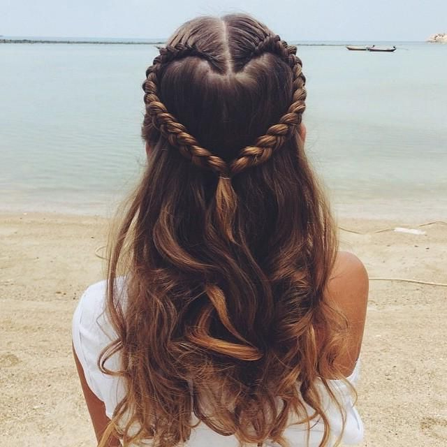 Heart Braid – Trends & Style   Projects To Try In 2019 For Best And Newest Heart Shaped Fishtail Under Braid Hairstyles (View 17 of 25)