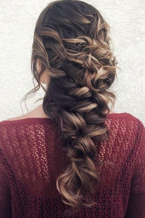 Featured Photo of Messy Mermaid Braid Hairstyles