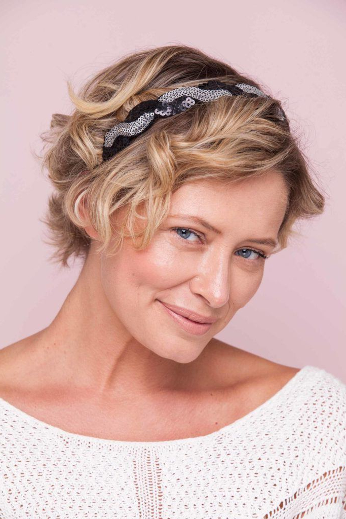 10 Trendy Headband Hairstyles For 2019 | All Things Hair Usa With Ethereal Updo Hairstyles With Headband (View 24 of 25)
