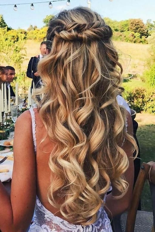11 Half Up Half Down Curly Hairstyles To Try Without Any Doubt With Curled Half Up Hairstyles (View 18 of 25)