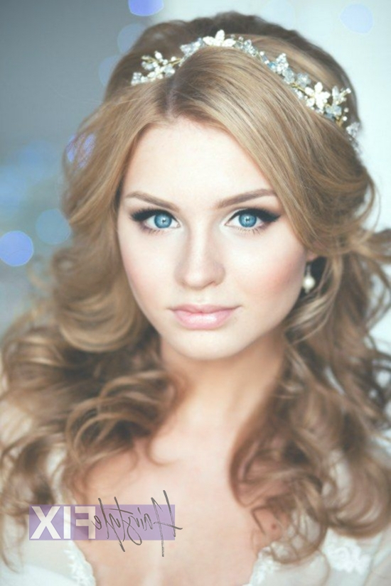 15 Coolest Wedding Hairstyles With Headband – Hairstyle Fix Throughout Ethereal Updo Hairstyles With Headband (View 21 of 25)