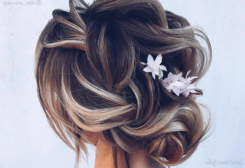 18 Sexiest Messy Updos You'll See In 2019 Throughout Romantic Florals Updo Hairstyles (View 21 of 26)