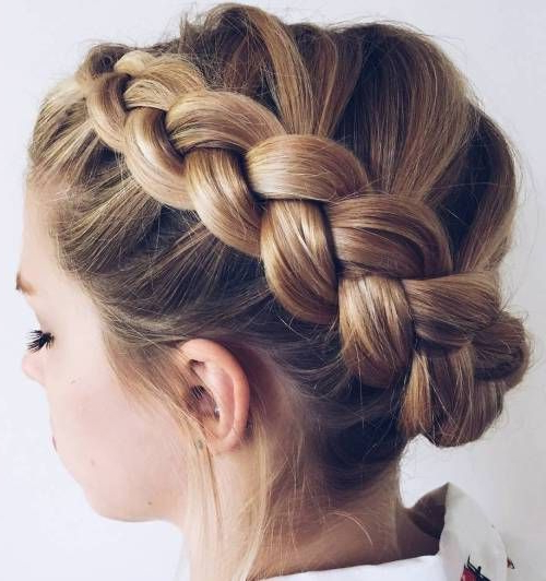 20 Halo Braid Ideas To Try In 2019 In 2019 | Updos Work With Regard To Most Current Angular Crown Braided Hairstyles (View 4 of 25)