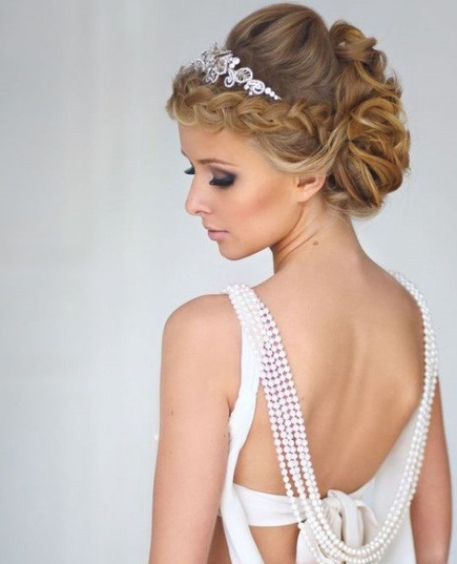 20 Iconic Bridal Hairstyles Regarding Latest Braids And Bouffant Hairstyles (View 10 of 25)