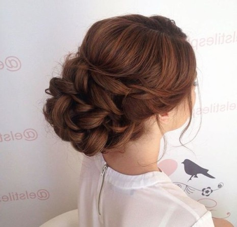 20 Messy Updo Hairstyles For Your Wedding Day (With Pictures) Throughout Messy Bun Hairstyles (View 23 of 25)