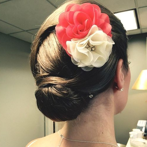 20 Pretty, Everyday Bun Updos: Short Updo Hairstyles 2019 With Floral Bun Updo Hairstyles (View 23 of 25)