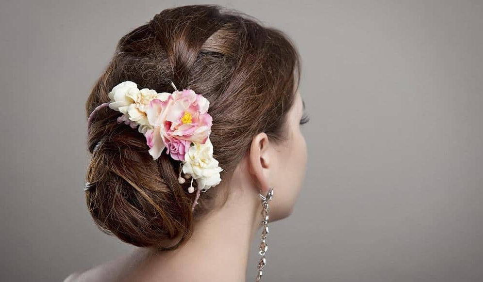 25 Best Indian Bun Hairstyles For Women With Long Hair In Floral Bun Updo Hairstyles (View 5 of 25)