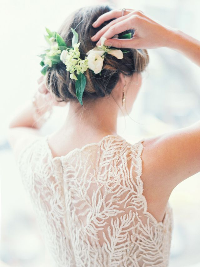 25 Ridiculously Romantic Bridal Updos : Chic Vintage Brides Throughout Romantic Florals Updo Hairstyles (View 25 of 26)