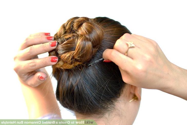 Featured Photo of Cinnamon Bun Braided Hairstyles
