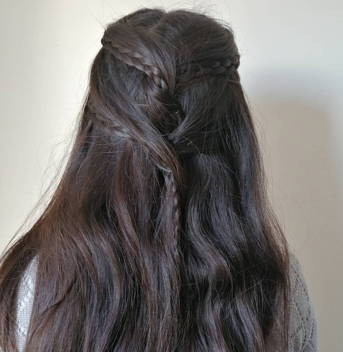 30+ Easy Half Up Hairstyles That'll Only Take Minutes To With Tie It Up Updo Hairstyles (View 19 of 25)