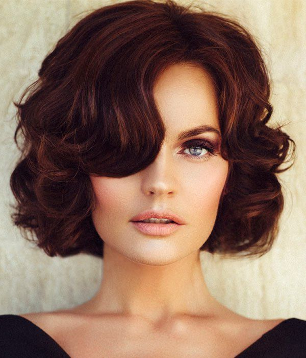 30 Fabulous Retro Hairstyles To Give A Vintage Look | It's For Retro Curls Hairstyles (View 15 of 25)