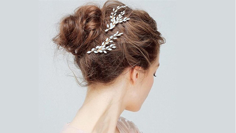 30 Stunning Prom Hairstyles For 2019 – The Trend Spotter Pertaining To Ethereal Updo Hairstyles With Headband (View 6 of 25)