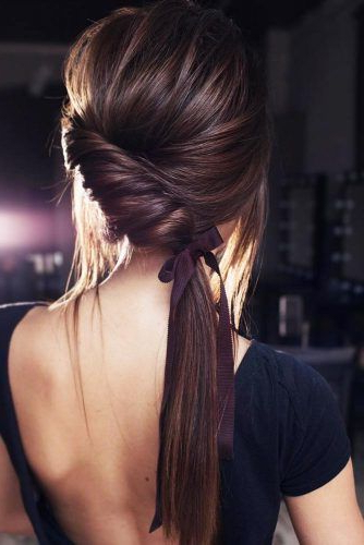30 Unique Low Ponytail Ideas For Simple But Attractive Looks Intended For Low Ponytail Hairstyles (View 10 of 25)