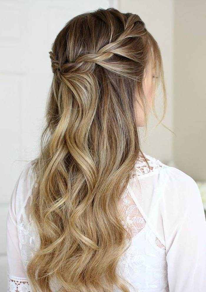 37 Beautiful Half Up Half Down Hairstyles For The Modern Within Braided Half Up Hairstyles (View 6 of 25)