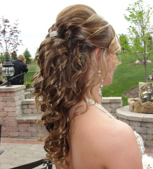 39 Half Up Half Down Hairstyles To Make You Look Perfect Intended For Curled Half Up Hairstyles (View 20 of 25)