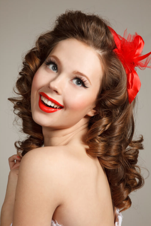 "42 Pin Up Hairstyles That Scream ""retro Chic"" (Tutorials regarding Retro Curls Hairstyles"