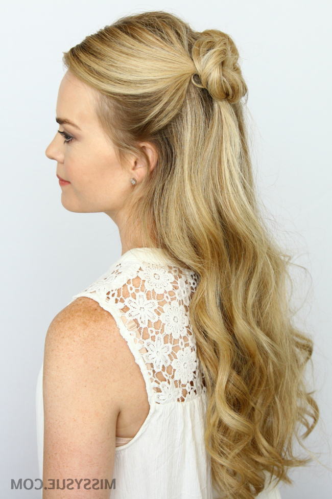 Featured Photo of Mini Buns Hairstyles