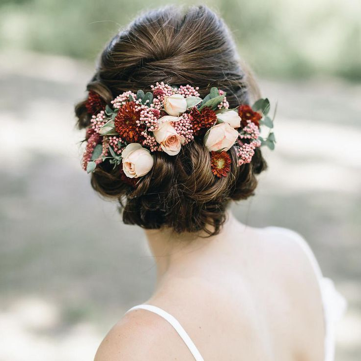 51 Romantic Wedding Hairstyles Throughout Romantic Florals Updo Hairstyles (View 13 of 26)