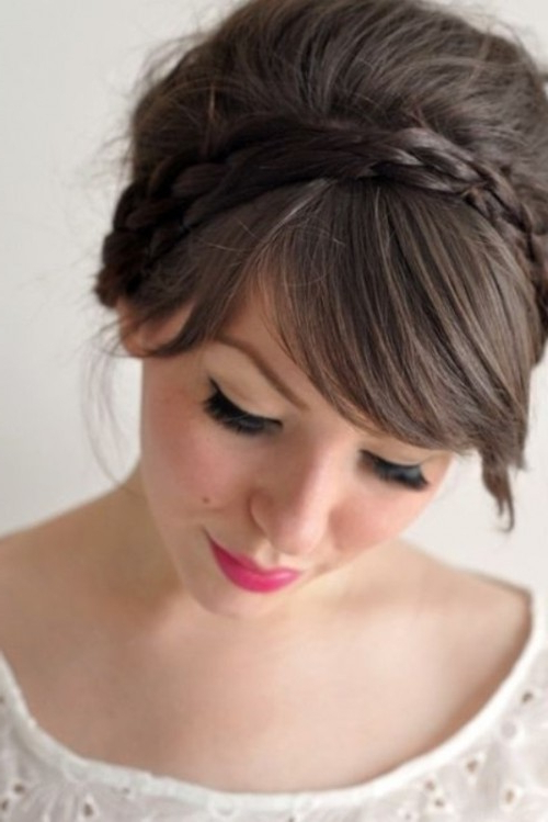 52 Chic And Pretty Wedding Hairstyles With Bangs – Weddingomania For 2020 Halo Braided Hairstyles With Bangs (View 22 of 25)