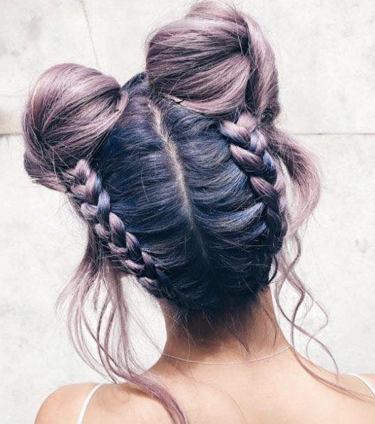 60 Easy And Quick Top Knot Hairstyles To Sport The Celebrity Intended For Reverse French Braid Bun Updo Hairstyles (View 22 of 25)