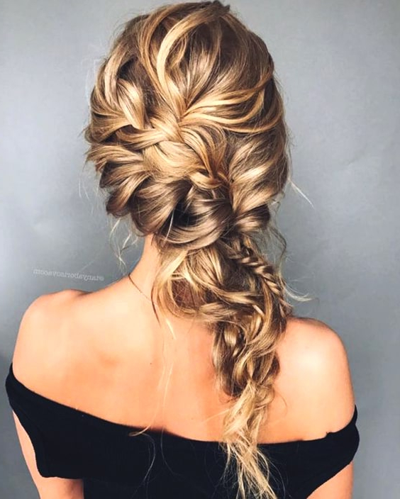 72 Romantic Wedding Hairstyle Trends In 2019 | Ecemella in Side-Swept Braid Updo Hairstyles