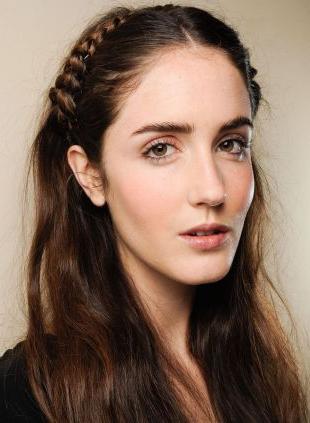 Half Up Hairstyles: Headband Braid Vs (View 19 of 25)
