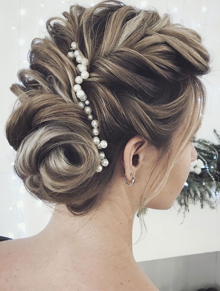 Pin On Bodas in Pearl Bun Updo Hairstyles