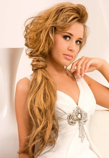 Romantic Side Ponytail Long Hair | The Hairs With Side Ponytail Prom Hairstyles (View 18 of 25)