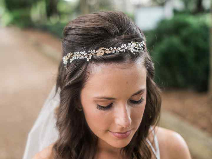 Wedding Hair Accessories: A Glossary – Weddingwire With Ethereal Updo Hairstyles With Headband (View 8 of 25)
