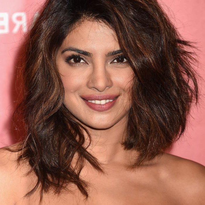 10 Celebrity Long Bob Haircuts Intended For Blunt Wavy Bob Hairstyles With Center Part (View 22 of 25)