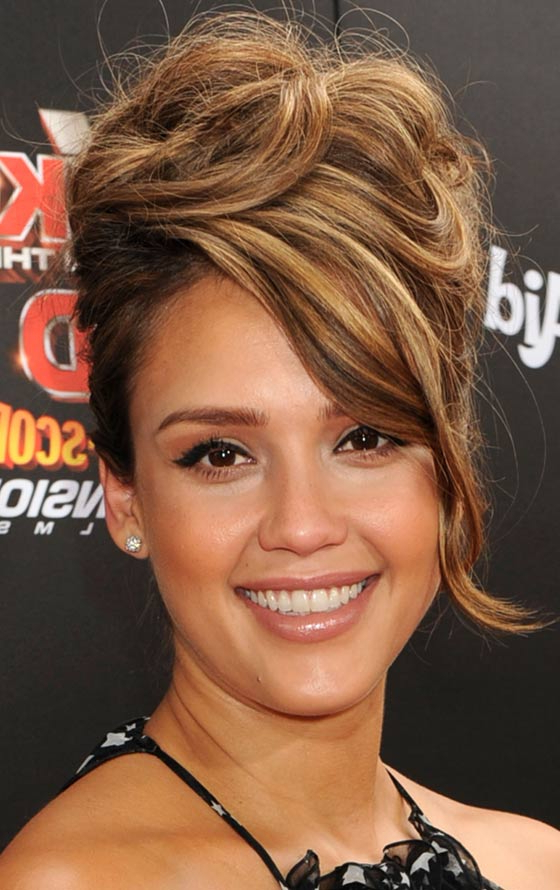 10 Messy Updos For Long Hair Throughout Elegant Messy Updos With Side Bangs (View 5 of 25)